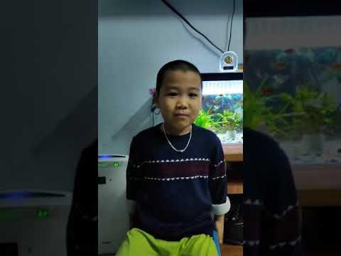 """Cùng xem bạn Minh Tú, lớp MG lớn C1 đọc thơ: """"Bé làm bao nhiêu nghề"""" các bạn nhé!"""