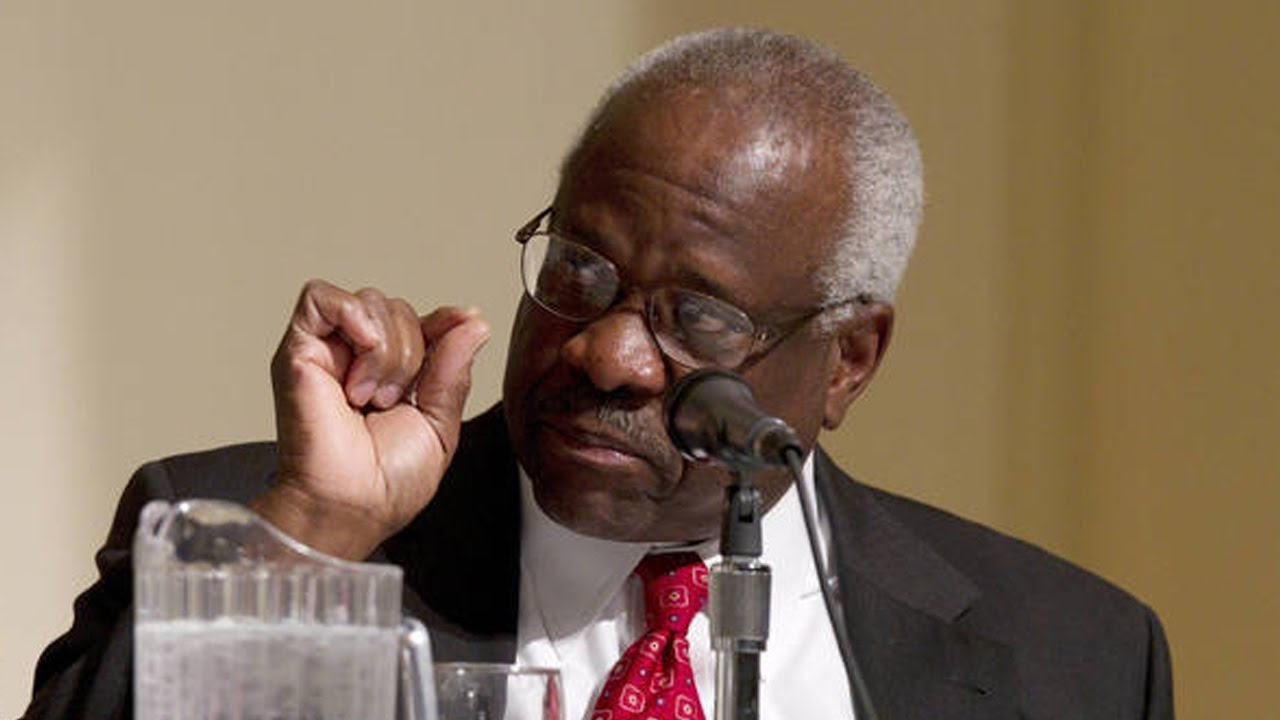 Clarence Thomas Accused Of Sexual Assault thumbnail