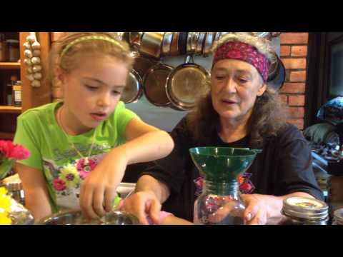 Cream recipe upang madagdagan bust