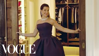 Brooke Shields Takes Us Inside Her Manhattan Townhouse on Met Gala Day | Vogue - Video Youtube