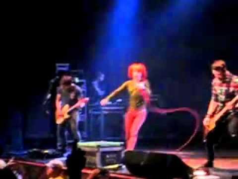 Paramore's Last Concert with Josh and Zac Farro 12.12.10  '((.flv