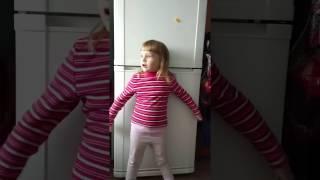 Арина жжет)