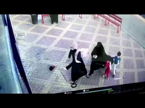 ضبط شخصين اعتديا على حارس أمن بعد منعهم من الدخول