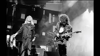Love Train/Hot Fun In The Summertime (Live,1988) - Hall & Oates