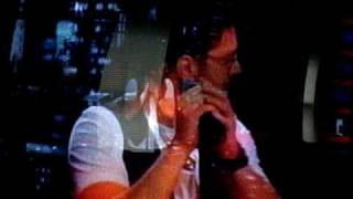 Danny Gokey -What hurts the Most on Regis and Kelly