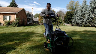 How To Aerate The Lawn : How To Use A Core Aerator
