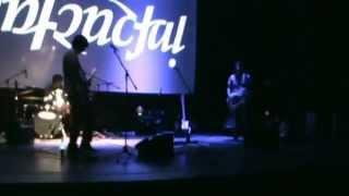 preview picture of video 'INFRACTAL - En dos (sesiones, rock desde el centro cultural, Angol)'