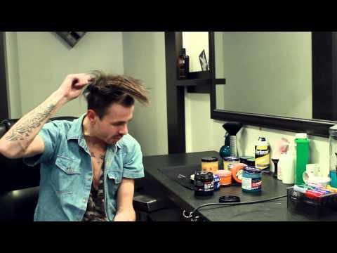 Как уложить волосы бриолином!?