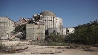 preview picture of video 'Urban Exploration - Juragua Nuclear Power Plant (Cienfuegos, Cuba)'