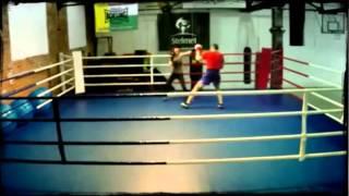 preview picture of video 'PROFESJONALNE treningi w SKF Boksing Zielona Góra'
