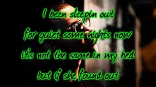 Chris Brown - She Ain't You (w/Lyrics)
