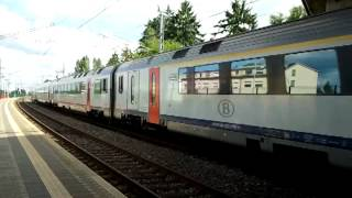 preview picture of video 'SNCB 523 + 524 passing through Bertrange (Luxembourg)'