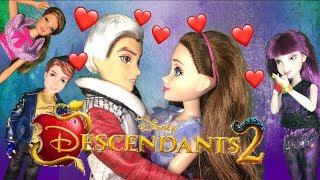 Carlos Kisses Jane! True Love's Kiss Break The Sleeping Curse? Disney Descendants 2 Episode 9