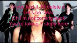 Miley Cyrus-7 Things with Lyrics