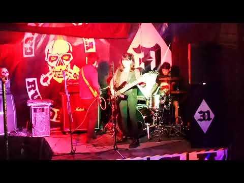 "Garúa - Creatures of the night- live ""Anzota"" #31"