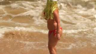 preview picture of video 'Снегурочка и Дед Мороз 2014 в Шри Ланке!Tangalle Sri Lanka_TatiLanka_Танюшка Курчина_02.01.2013'
