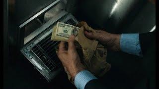 看完这部电影后,就算路上放着一沓钱,我都不敢去捡了
