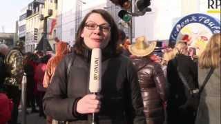 preview picture of video 'Kappessonntagszug in Neuss - eine Fahrt auf dem Wagen'