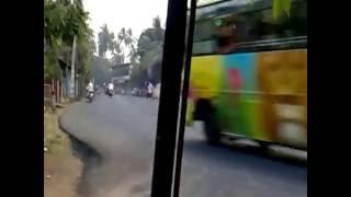 Сумасшедший автобус в Шри-Ланке. Crazy bus