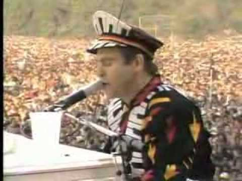 Elton John - Someone Saved My Life Tonight (Central Park 1980)