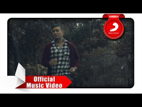 Rio Febrian - Memang Harus Pisah (Official Music Video)