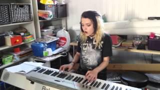 Kaja sings her original song 'Fly away'