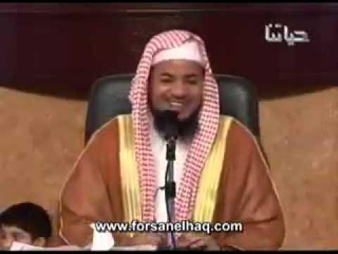 يضحك على الجالسين وهم يصغون: ٧٠ حورية تنتظركم في الجنة (فيديو)