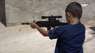 اغاني طرب MP3 لماذا يعشق الأطفال ألعاب الأسلحة وما تأثيرها عليهم؟ تحميل MP3