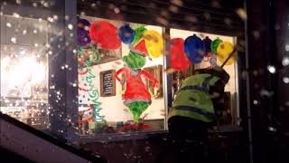 Christmas window painting - A lost art?