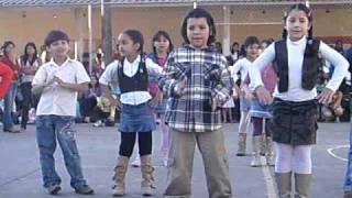 Ana Dançando Vai Ter Que Rebolar ( Sandy E Junior )
