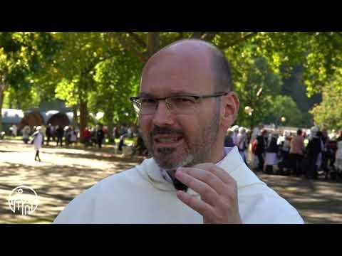 Fr. Philippe Verdin interviewe Fr. Sylvain Detoc sur le Rosaire
