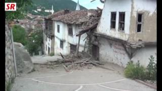 taraklıda iki katlı ev yıkıldı