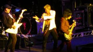 Billy Idol with guests Cheap Trick LA (Melbourne) Woman 24th March 2015