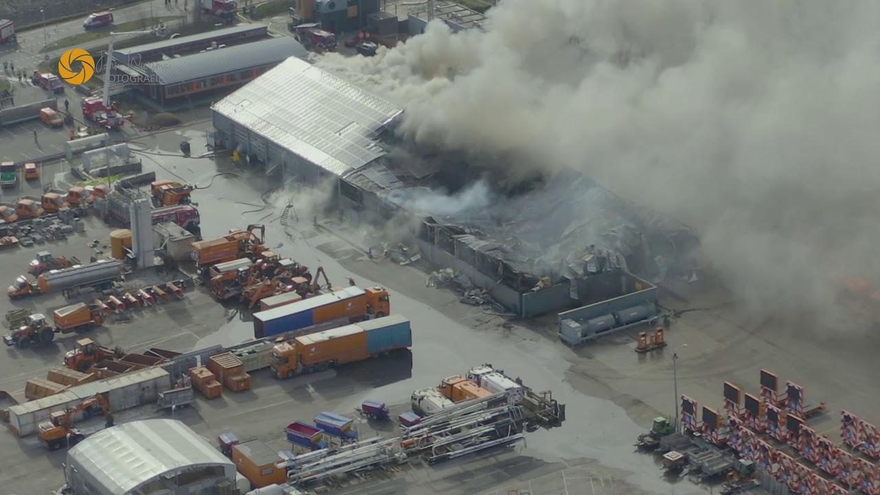 Gebouwbrand industrie (zeer grote brand) Hazerswoude-dorp