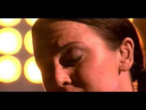 MELANIE C ''The First Day Of My Life'' Live En BF (HQ)[16:9]
