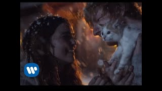 Зои Дойч, Ed Sheeran - Perfect (Official Music Video)
