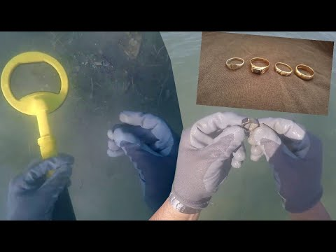 Metal Detecting Underwater for Buried Treasure ! (4 Epic Rings Recovered)