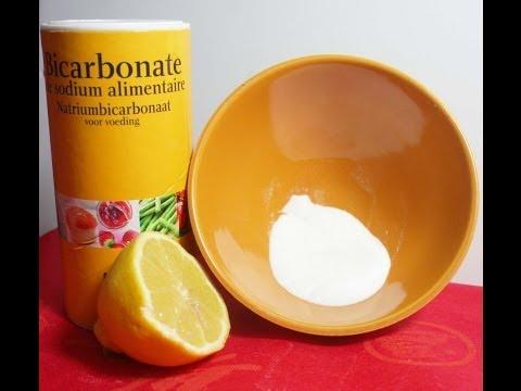 Clarifier les taches de pigment avec laide du peroxyde