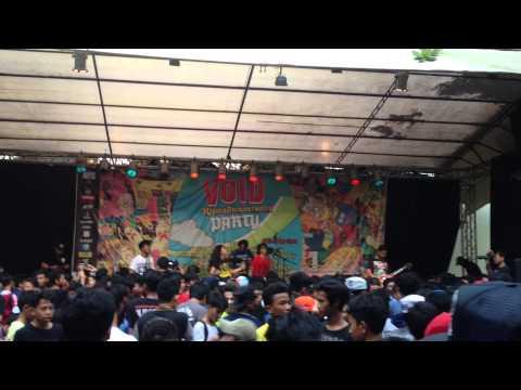 Rising Sun - Aku Dan Duniamu ( live at void 5th anniversary party )