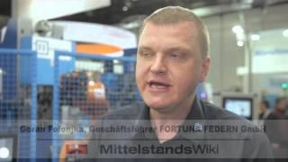 Was haben Kugelschreiber und Matratzen gemeinsam? Die Stahlfeder im Inneren. Auf der wire/Tube in Düsseldorf ist zu sehen, wie die moderne Produktion von Federn funktioniert und wie vielfältig Draht heutzutage sein kann. (m4-tv.com/mtx)