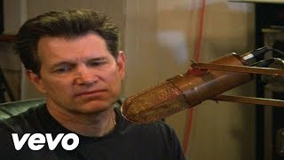 Chris Isaak - Crying Waiting Hoping  (Live in Studio)