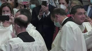 パロリン枢機卿:「牧者になることは、イエスのライフスタイルを想定することです。