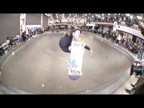 Vans Girls Combi Pool Classic 2018 | TransWorld SKATEboarding