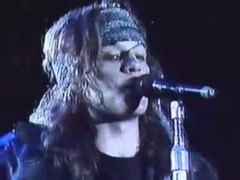 Bon Jovi - Blood On Blood (live Chile, 1990) online metal music video by BON JOVI