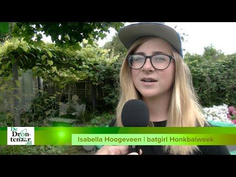 VIDEO | Isabella één van de allereerste batgirls bij Haarlemse Honkbalweek