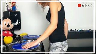 DJ Lady Style – Jump Around