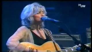 Emmylou Harris - Hickory Wind - Live - 2000.wmv