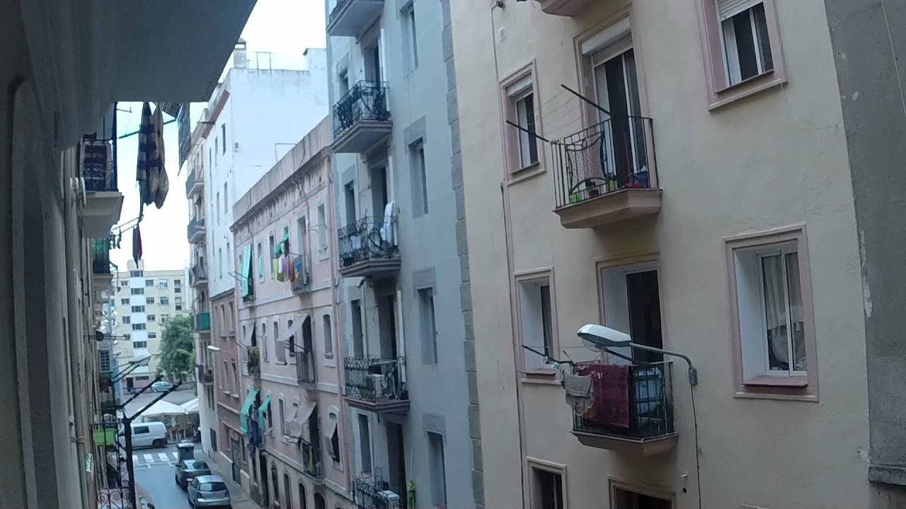 Flat with balcony in La Barceloneta district, moments away from the beach