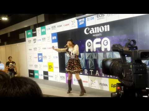 【声優動画】シンガポールのアニメイベントで歌う大橋彩香wwwwww
