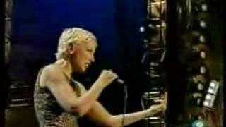 Annie Lennox PAVEMENT CRACKS 46664 Live 3/2005 (3/9)